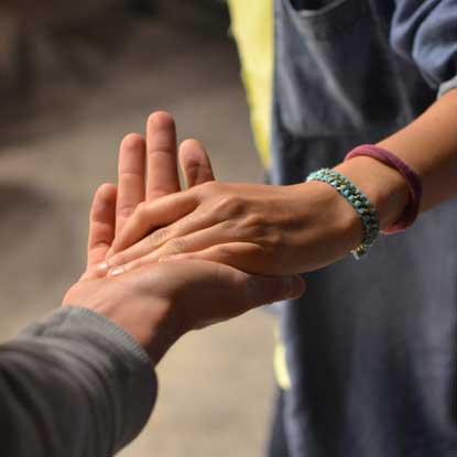 Ofrecer ayuda Psicóloga Claudia Núñez